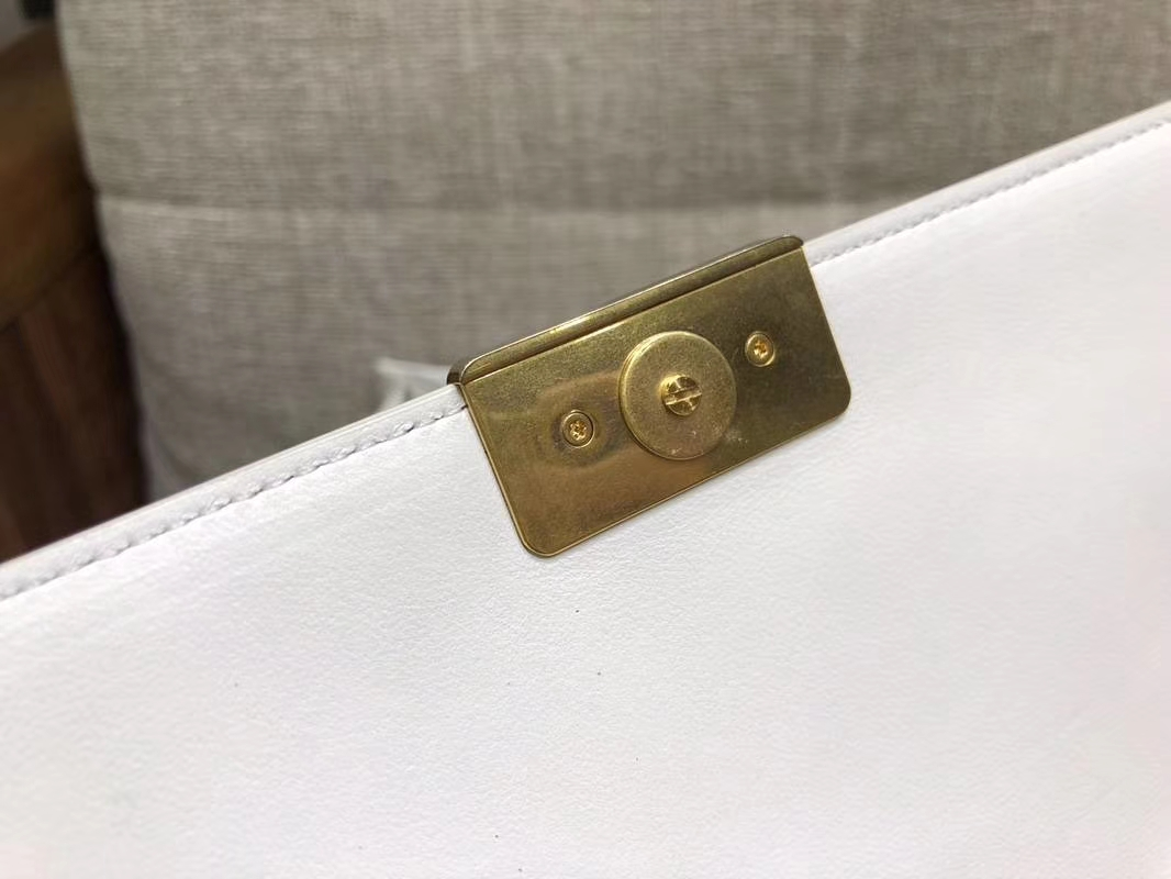 2018年新款口盖包 进口小羊皮 金色金属黄 白色28cm