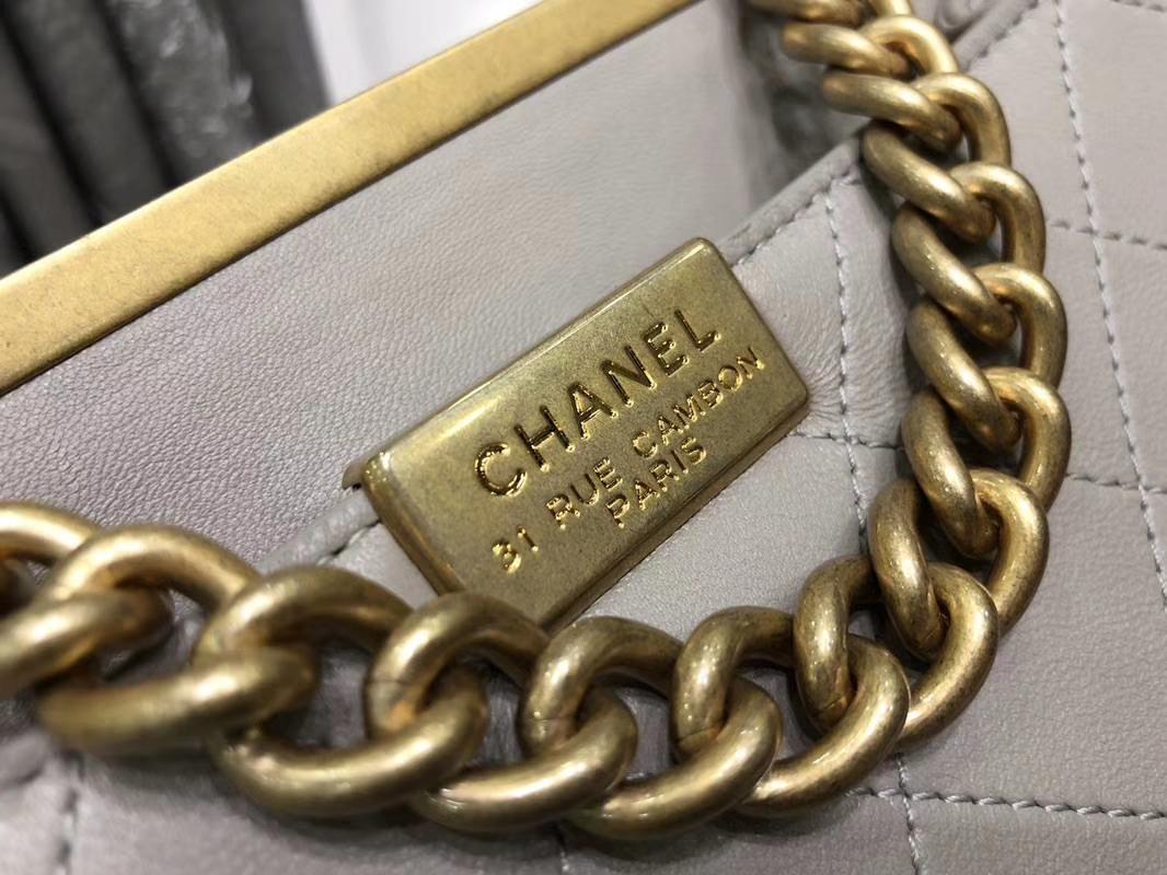 2018年新款口盖包 进口小羊皮 金色金属黄 大象灰23cm