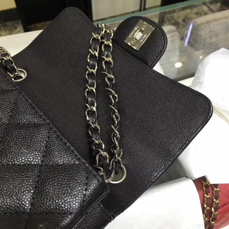 Chanel 香奈儿 Classic Flap Bag  进口小鱼子酱 20cm现货 黑色 银扣
