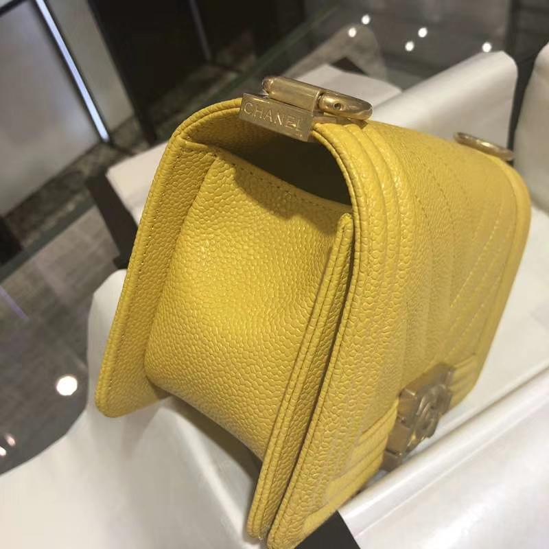 Chanel 香奈儿 Leboy Bag 大V款 鱼子酱 20cm 芒果黄 沙金