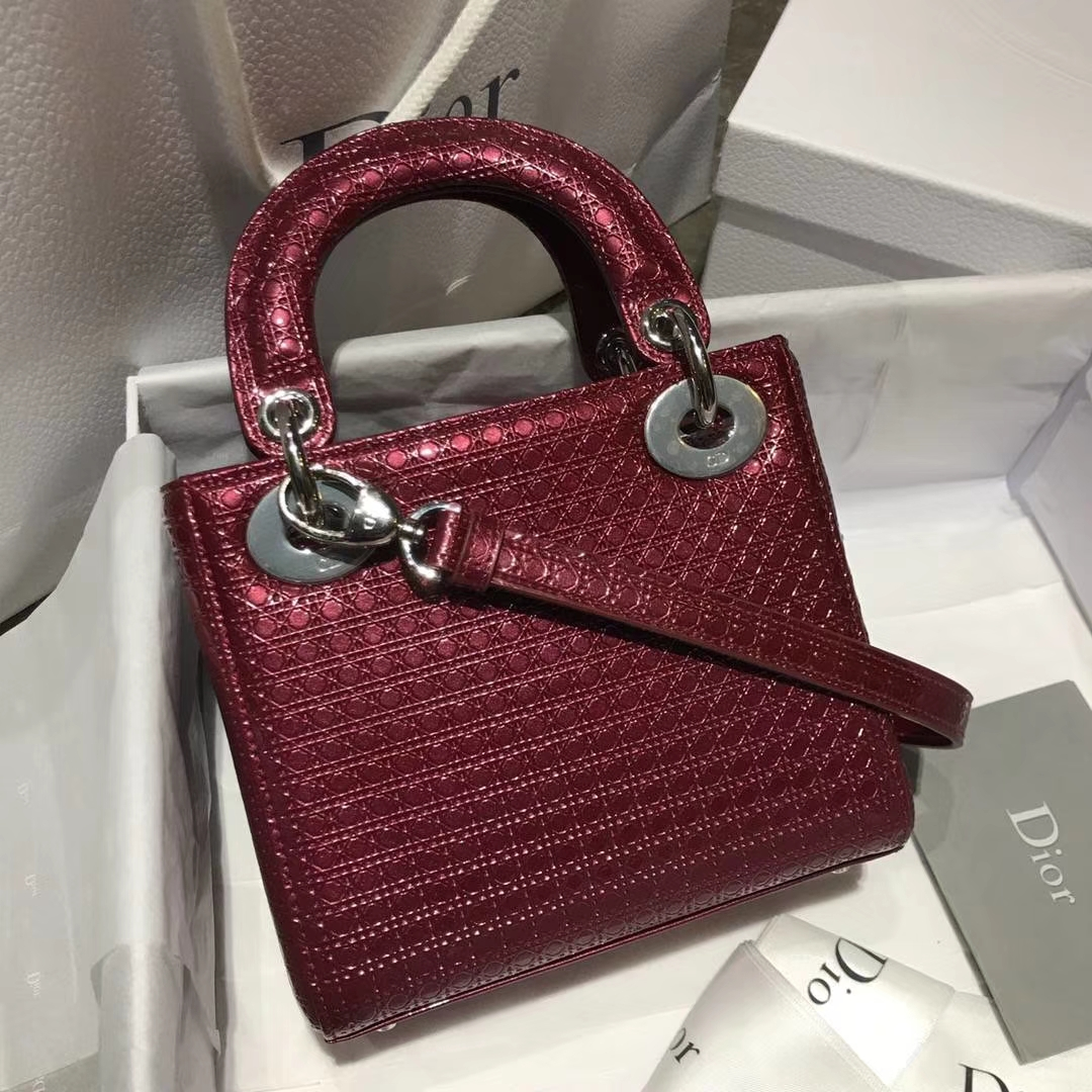 Dior 迪奥戴妃包 Lady Dior 小号17cm 酒红色戴妃 聚会必备 闪耀全场