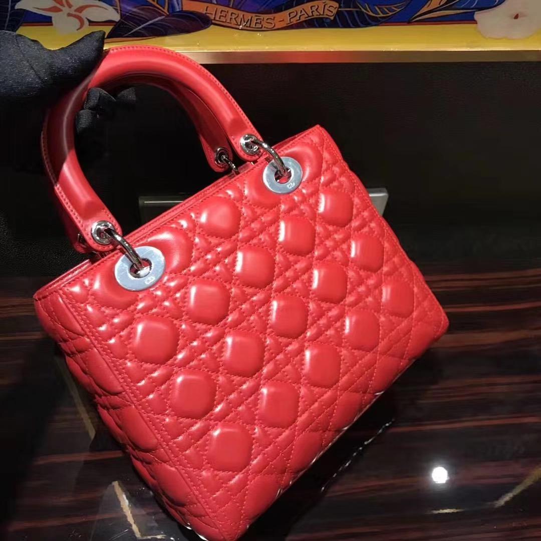 Dior 迪奥 经典羊皮 戴妃包 Lady Dior五格24cm 珊瑚红