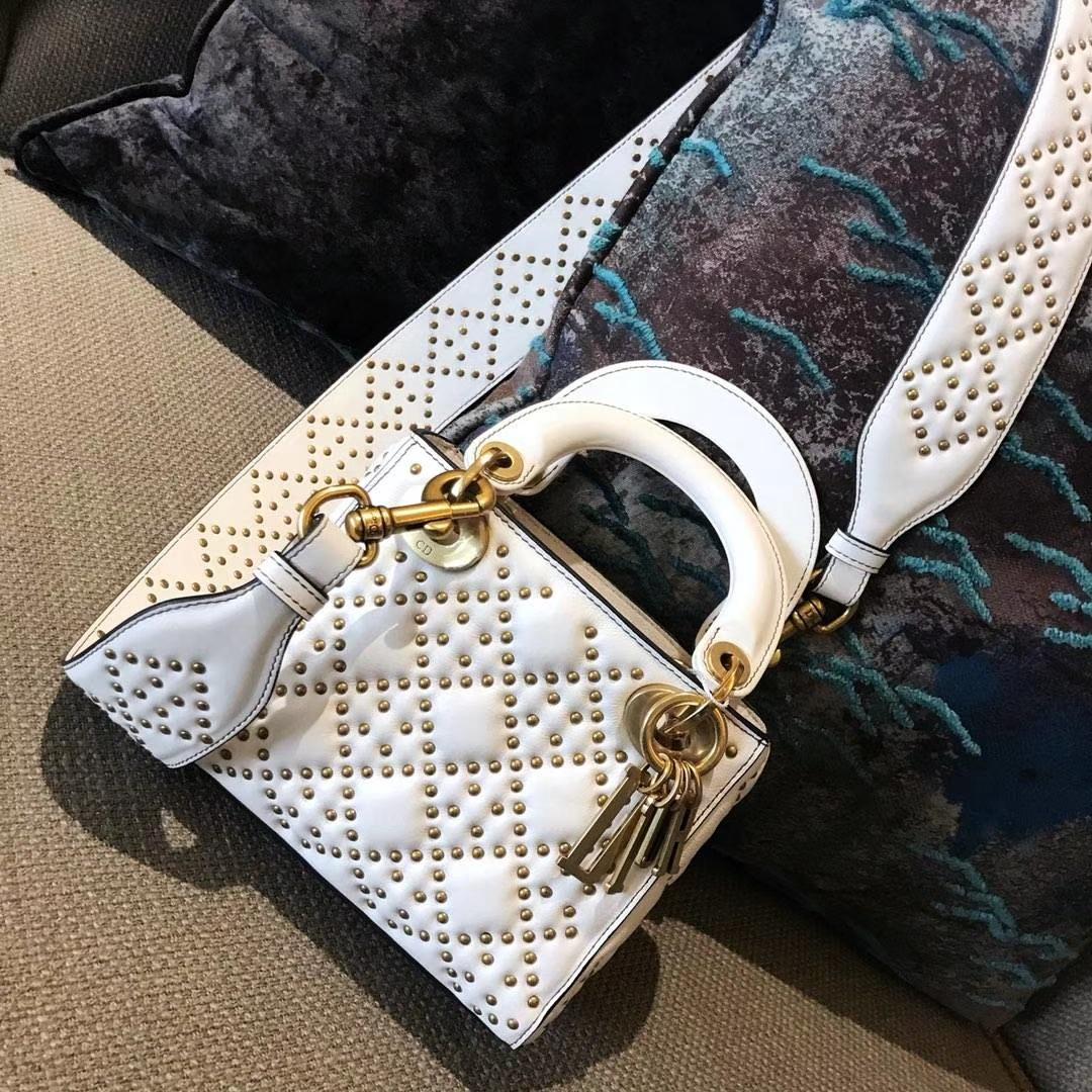 Dior 迪奥 定制版小号17cm铆钉包 戴妃包 Lady Dior mini 白色