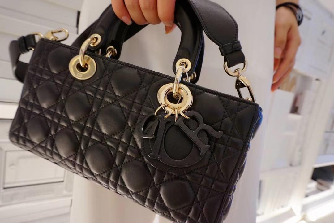 Dior 黑色羊皮手提包 金扣 意大利原厂水染小羊皮制作  原厂尾料皮