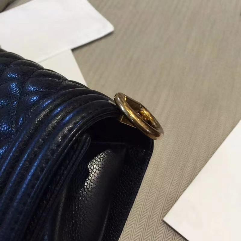 Chanel 香奈儿 Leboy Bag 鱼子酱 黑色 25cm 经典古金扣