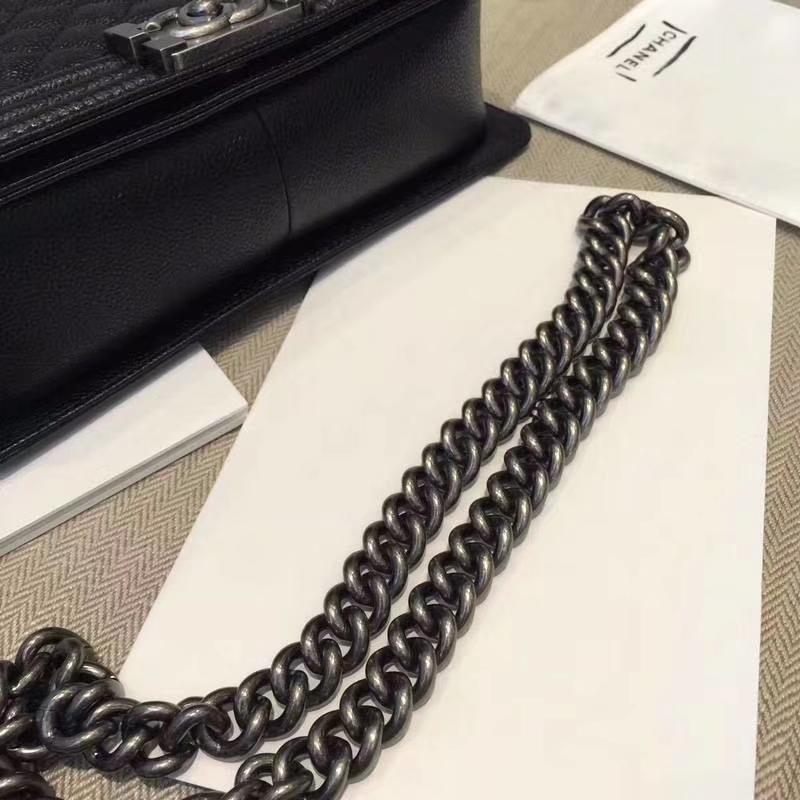 Chanel 香奈儿 Leboy Bag 鱼子酱 黑色 25cm 复古银扣