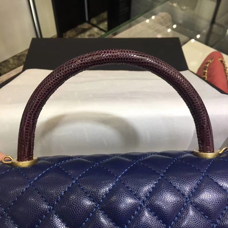 Chanel 香奈儿 COCOHandle 深蓝牛皮 复古银链 28cm
