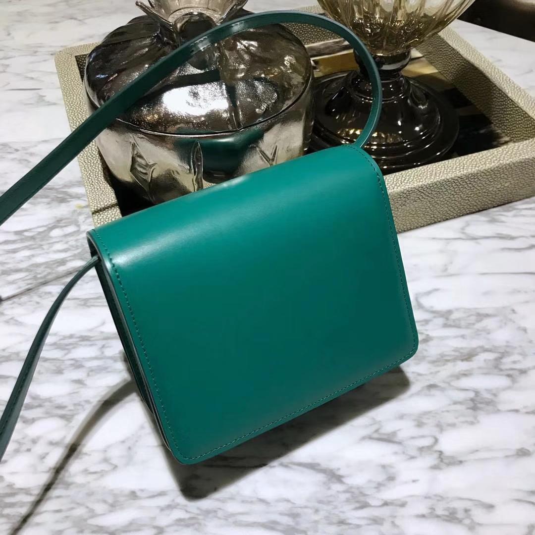 CÉLINE(赛琳)豆腐包 box小号  16cm   孔雀绿
