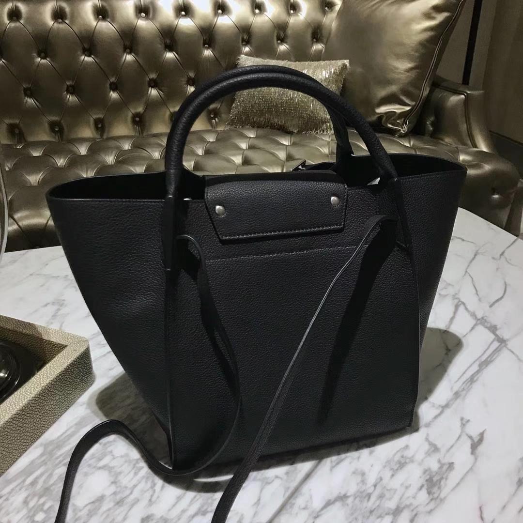 CÉLINE购物袋专柜同步发售 中号24cm 黑色 进口荔枝纹牛皮