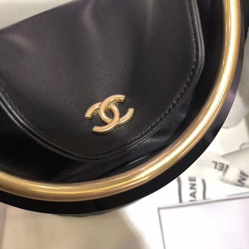 Chanel18巴黎汉堡系列新款BucketBag黑色 金属手柄 水桶包 意大利小羊皮