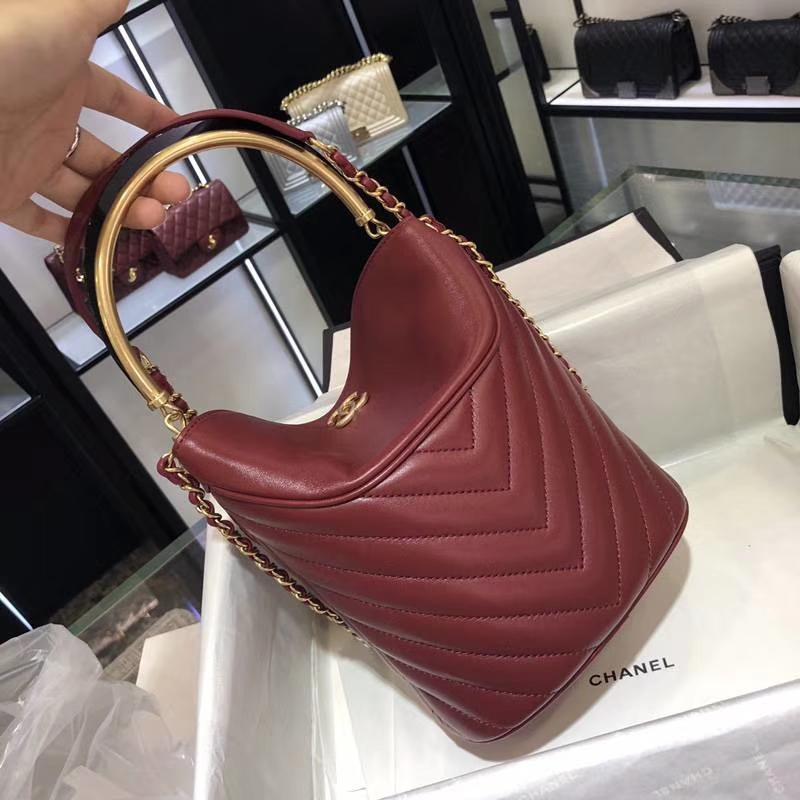 Chanel18巴黎汉堡系列新款BucketBag酒红色 金属手柄 水桶包 意大利小羊皮