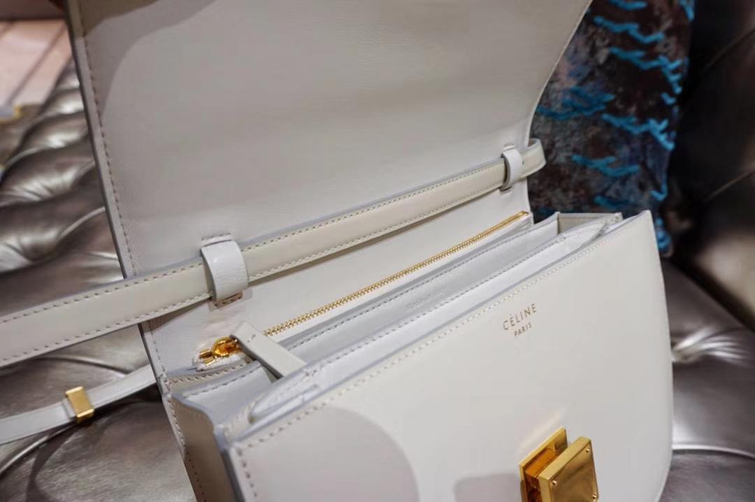 Celine 思琳 最新版本 box豆腐包 24cm 16cm 夏季最受欢迎的box冰川白