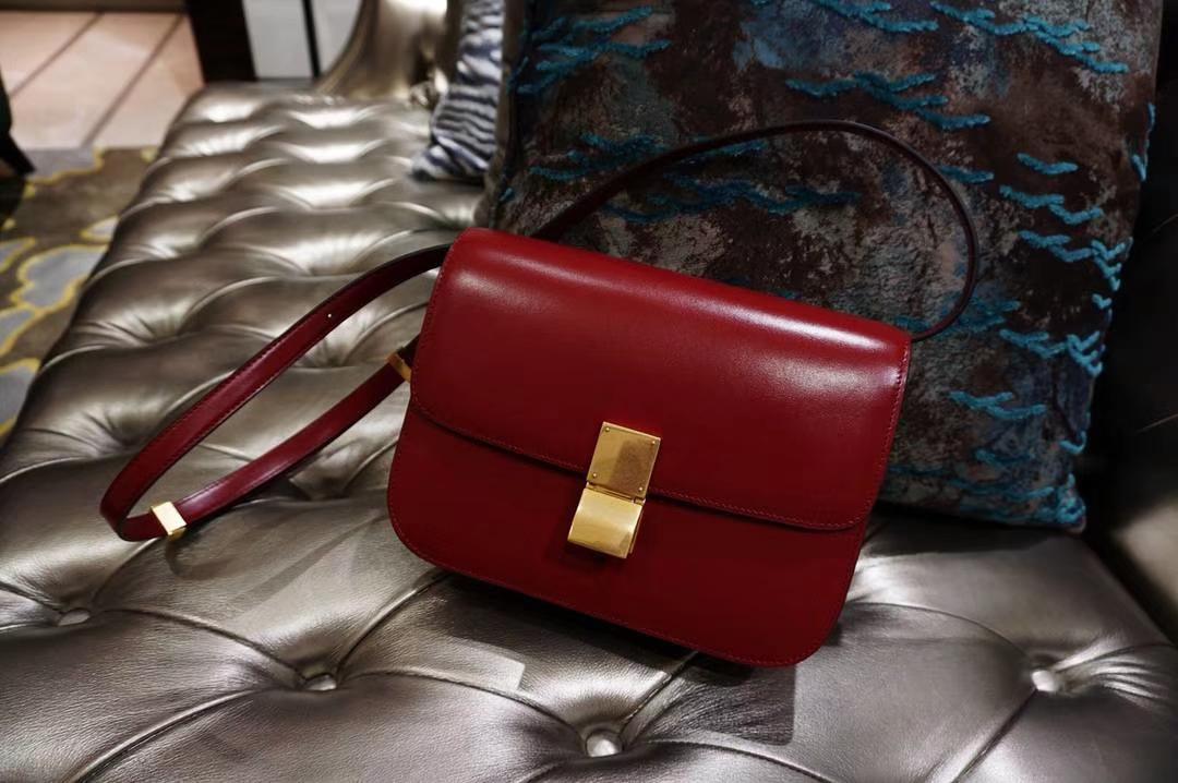 Celine 思琳 最新版本 box豆腐包 24cm 实拍 专柜同步 最新做法 优雅时尚 正红色 金扣