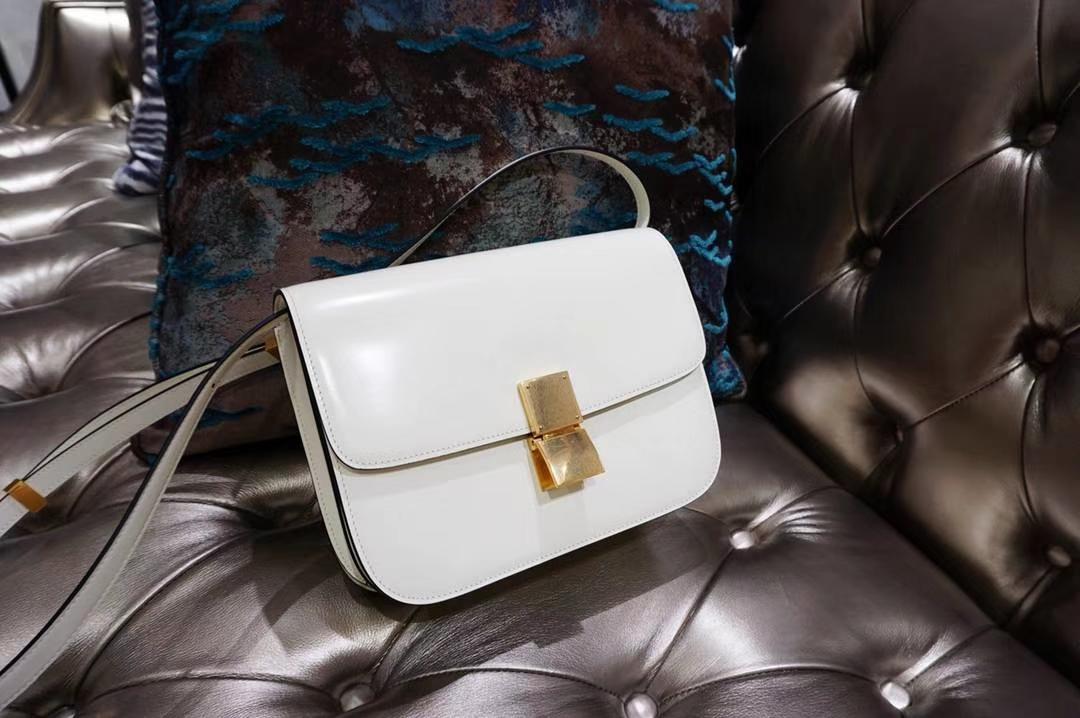 Celine 思琳 最新版本 box豆腐包 24cm 实拍 专柜同步 最新做法 优雅时尚 白色 金扣