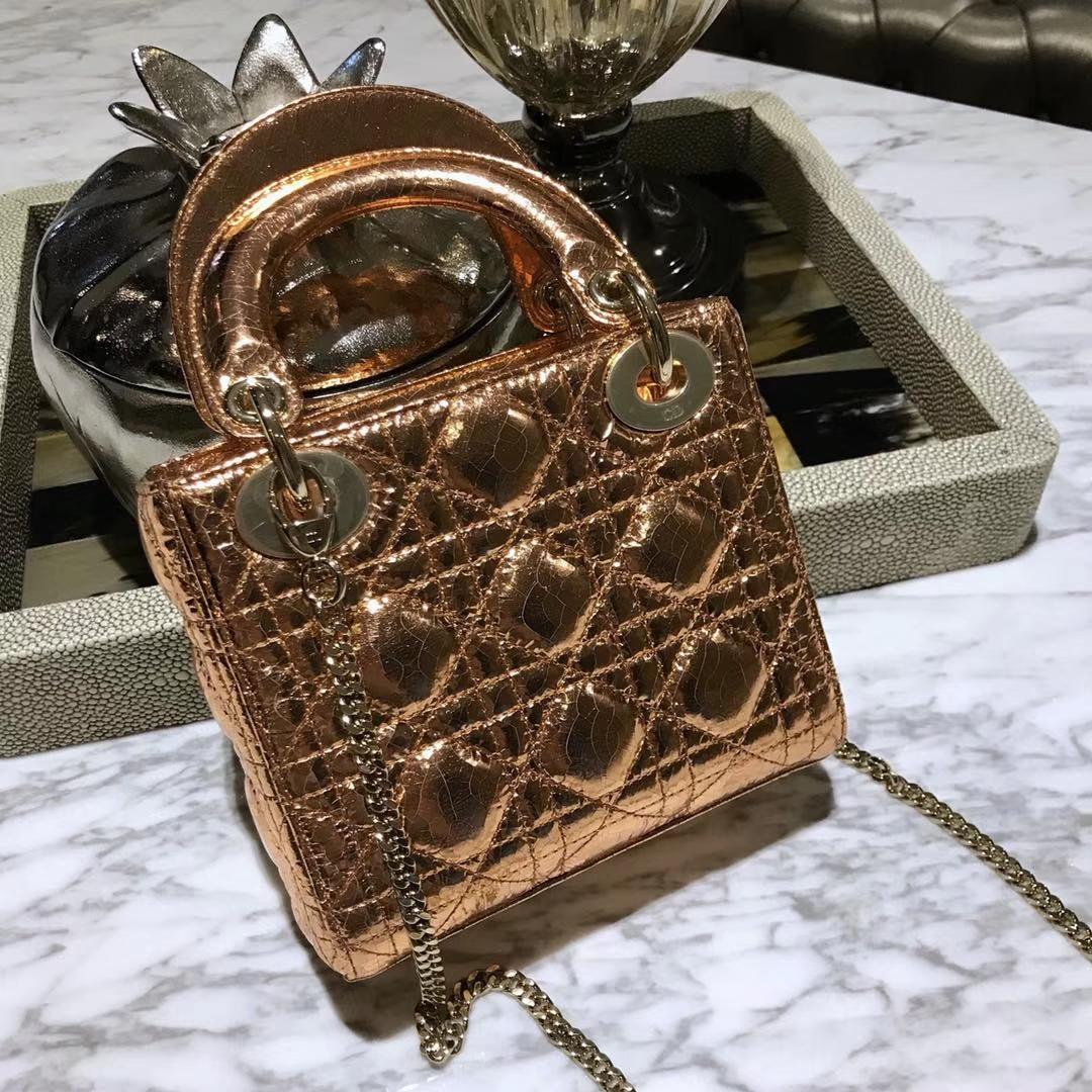 Dior 迪奥 新款来袭 意大利原厂皮料鹿皮爆裂纹 香槟金 实物绝对美到爆