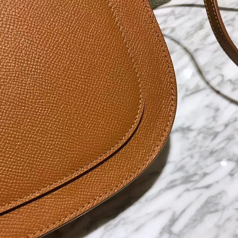Celine 思琳 五角包 23cm 原厂进口牛皮 土黄 皮肩带