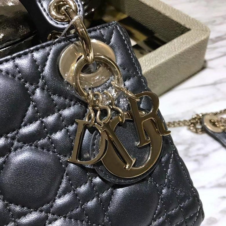 Dior 迪奥 戴妃包 Lady Dior 意大利 进口皮制作羊皮铅笔芯色戴妃