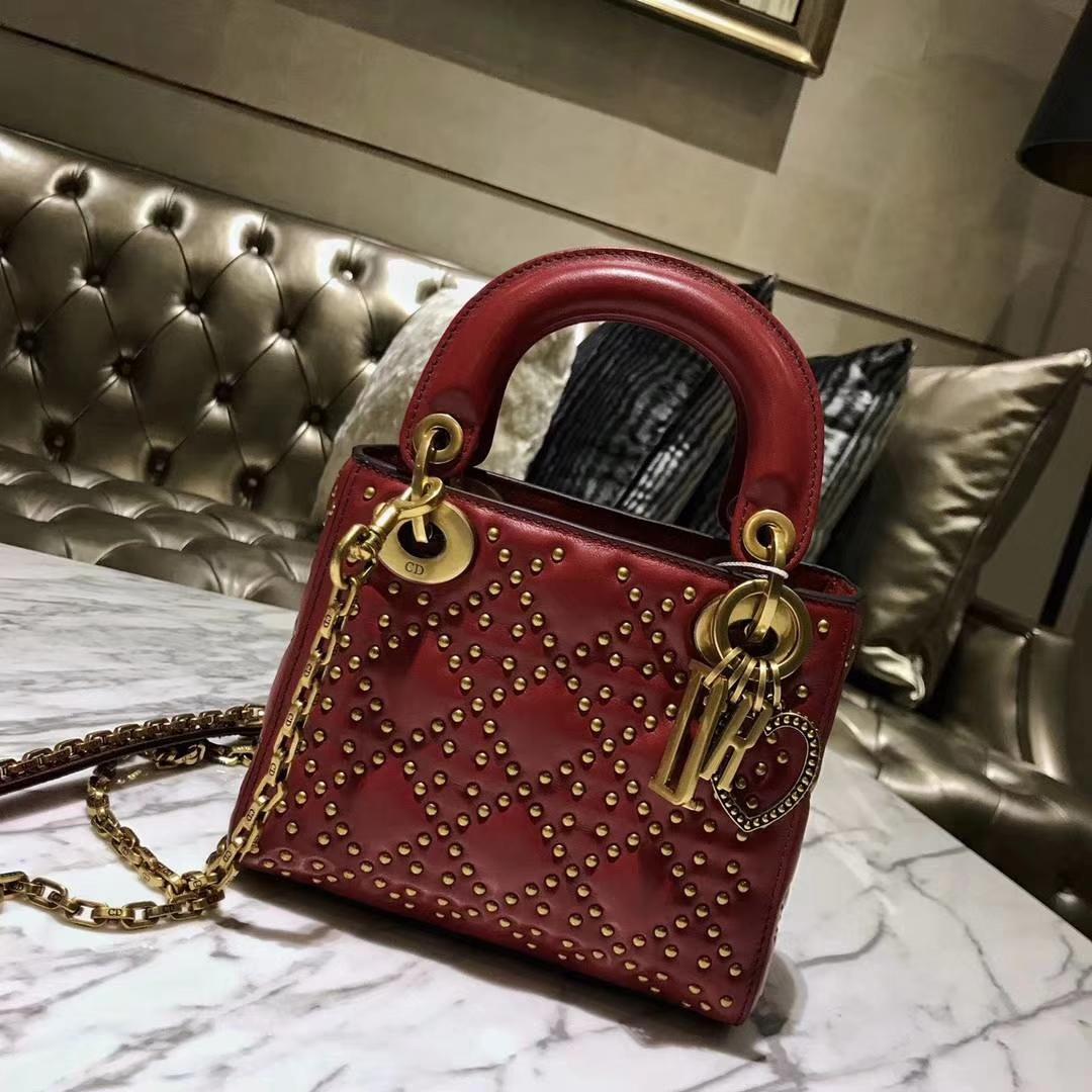 Dior 三格 复古风牛皮铆钉包 Lady Dior 复古红
