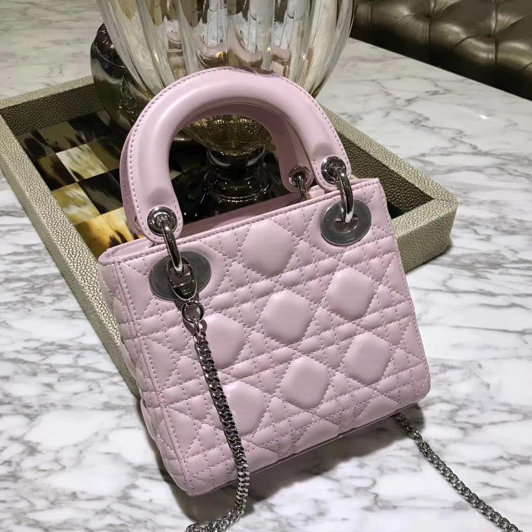 Dior 迪奥 戴妃包 Lady Dior mini羊皮公主粉
