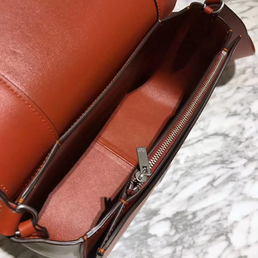 Celine 思琳 Frame 焦糖色拼白色 容量大 搭配皮肩带 一件代发 代购品质