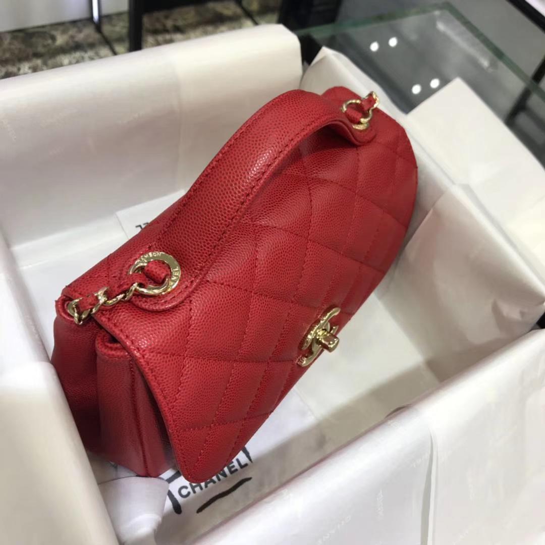 Chanel 2018 新款 邮差包 20cm~原厂皮小鱼子酱大红色
