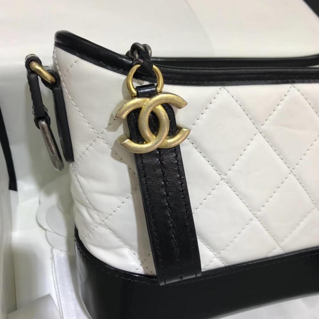 Chanel 香奈儿 Gabrielle 20cm 原厂树膏皮 白色