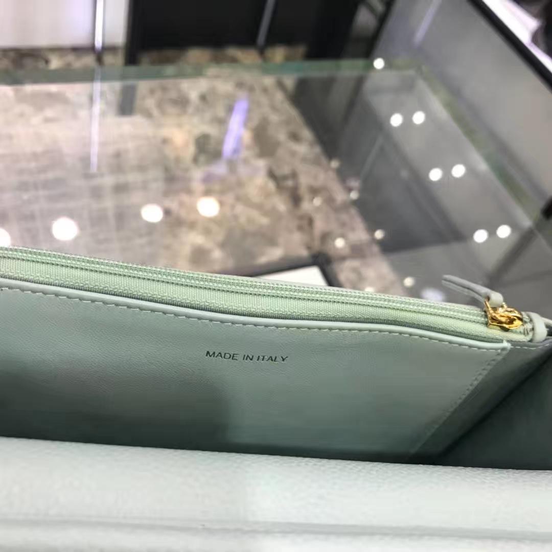 Chanel 香奈儿 WOC 19cm 原厂皮小鱼子酱 抹茶绿 香槟金