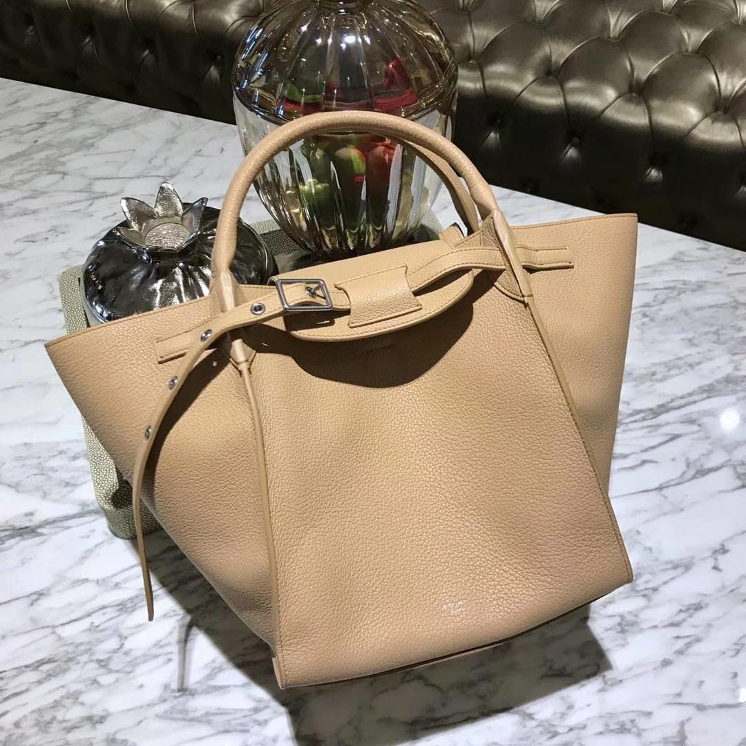 CÉLINE 购物袋 专柜同步发售 中号24cm 杏色 进口荔枝纹牛皮