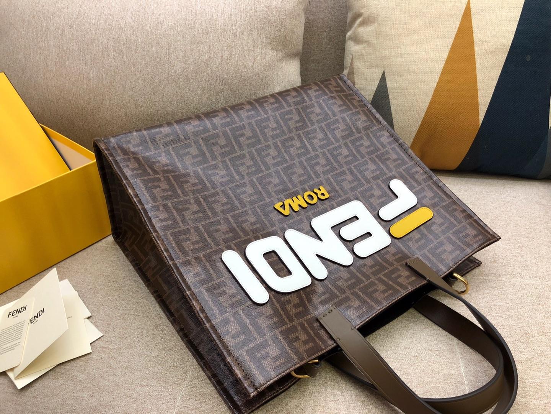 Fendi 芬迪 新款购物袋 双手柄手提袋 饰有棕色F印花标志图案 39x35x18cm