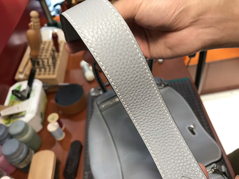 亚麻蓝 blue lin J7 爱马仕 HERMES Lindy 26/30cm 银扣 配全套专柜原版包装