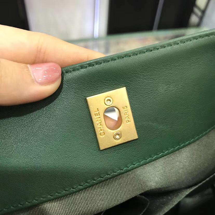 香奈儿 Chanel 嬉皮包 18秋冬小牛皮 古金金属扣 专柜同步 意大利定制级进口小牛皮 绿色