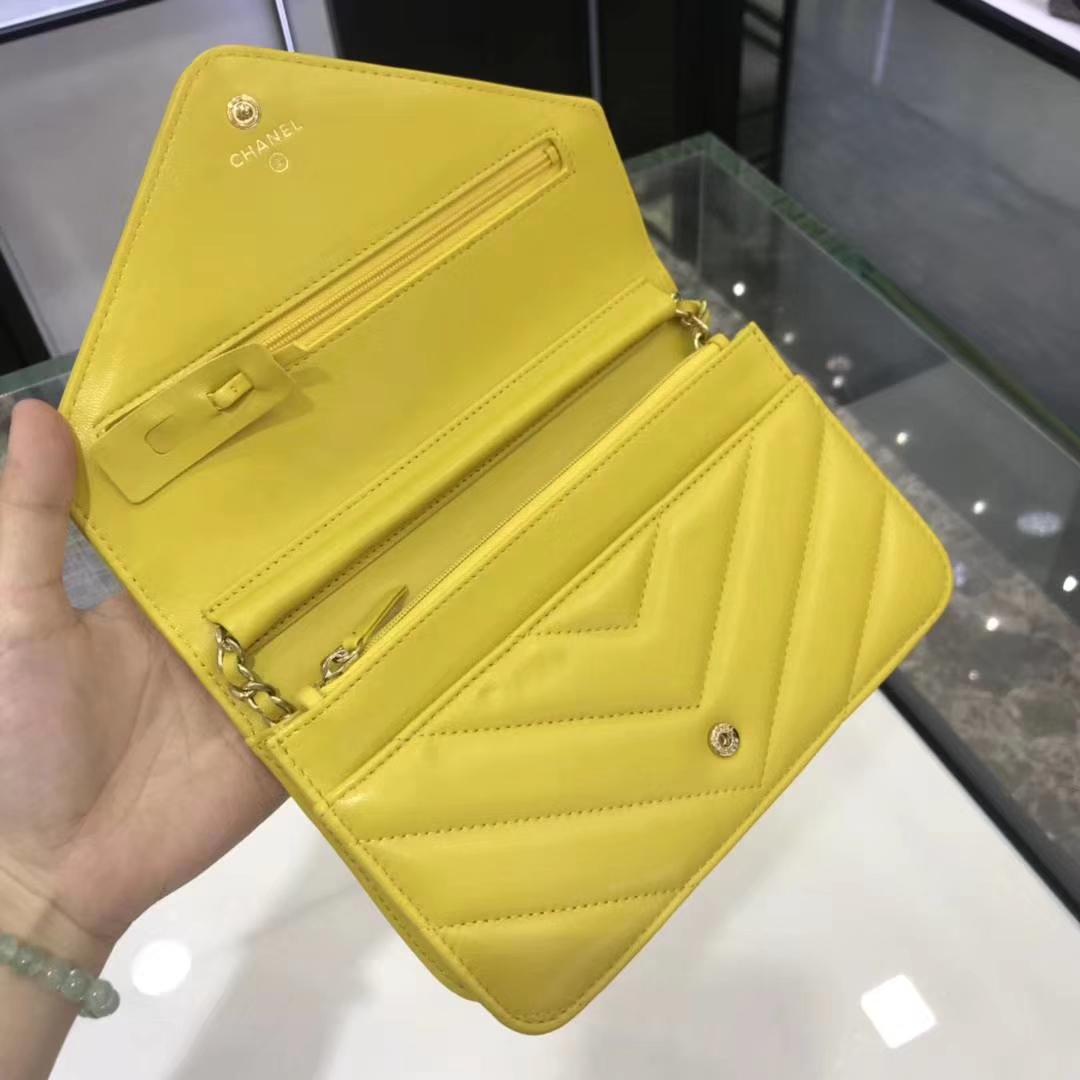 Chanel香奈儿最新款铆钉WOC 19cm 正品打版 YKK五金 黄色