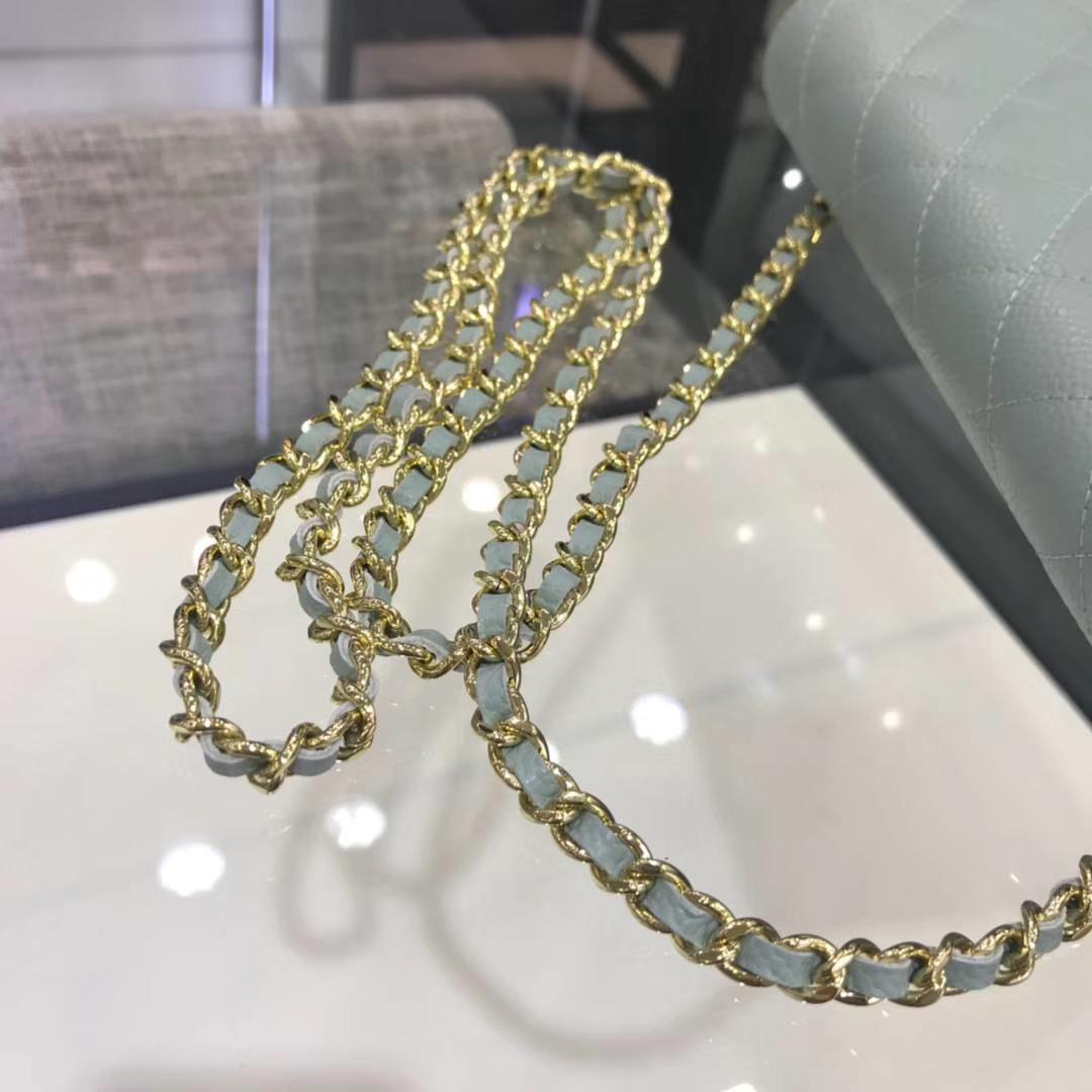 Chanel 香奈儿 WOC 19cm 原厂皮鱼子酱 浅蓝色 金扣