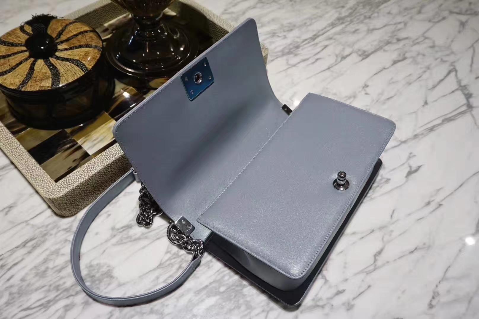 Chanel 香奈儿 Leboy系列 25cm 原厂小羊皮 珠光蓝色 大理石纹琉璃五金