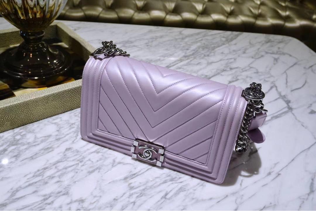 Chanel 香奈儿 Leboy系列  25cm 原厂小羊皮 珠光粉色 大理石纹琉璃五金 V型