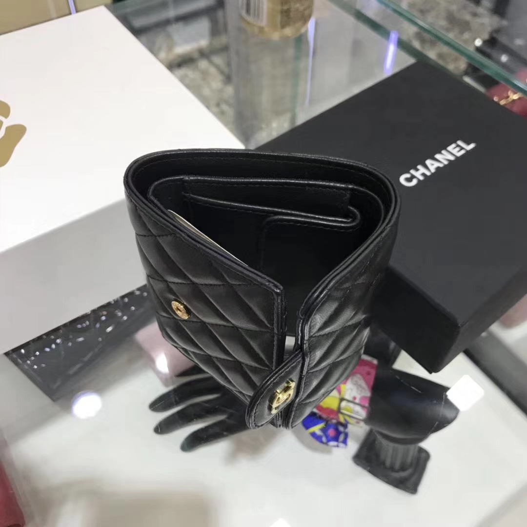 Chanel香奈儿 钱包 小羊皮 黑色 短夹
