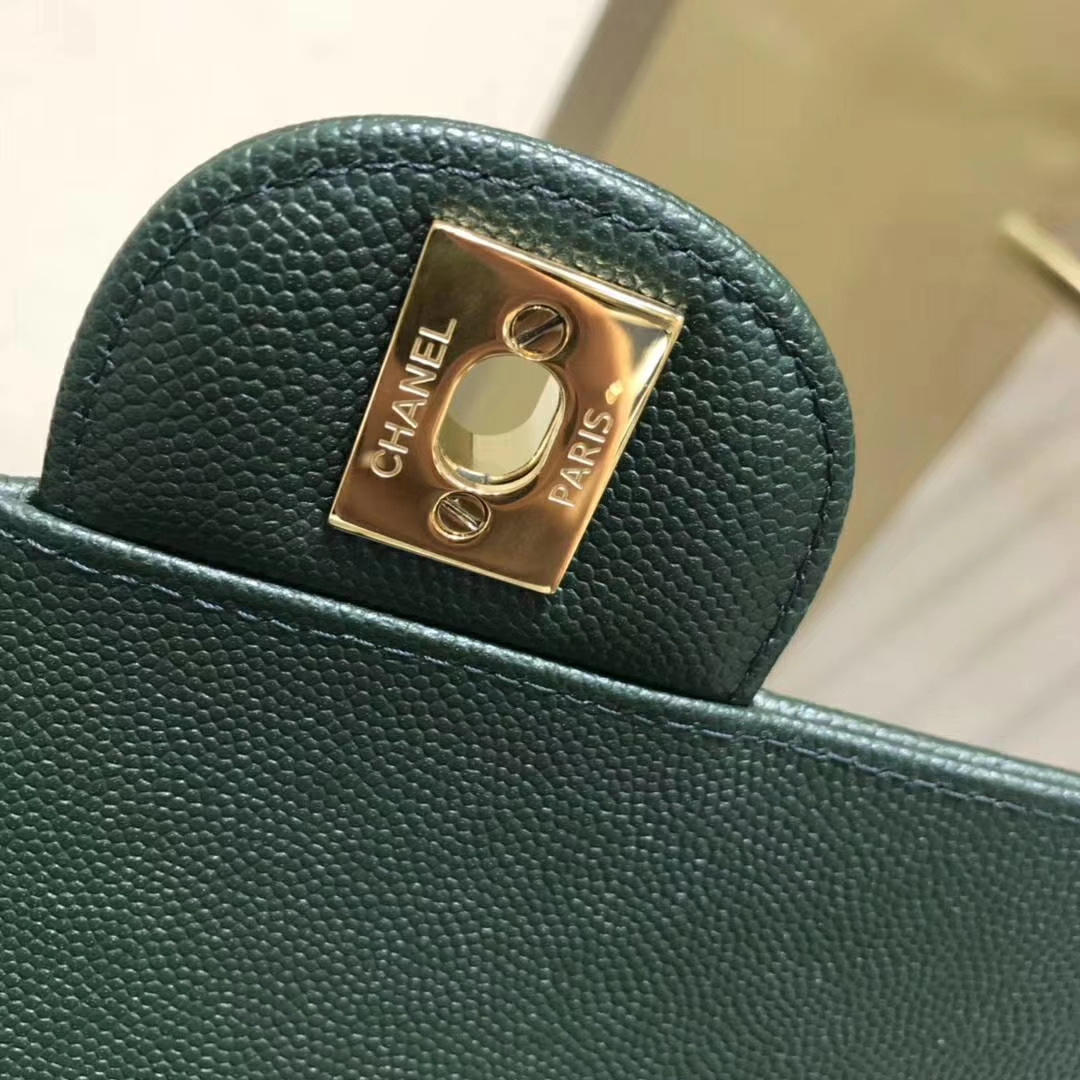 Chanel 香奈儿V字秀 25cm 采用进口小鱼籽酱皮 纯铜五金