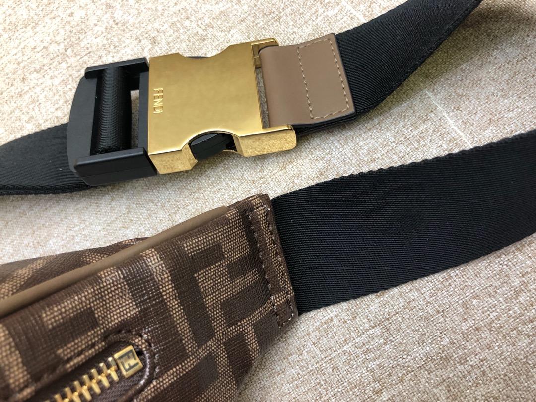 现货 F家最新腰包可当胸包 拉链开合 棕色印花标志图案男女街拍爆款 30x17x8cm8825