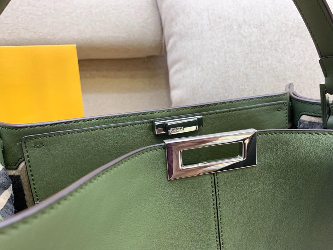 现货PeekabooX-Lite系列最新手袋 43x33x15cm 时髦 率性