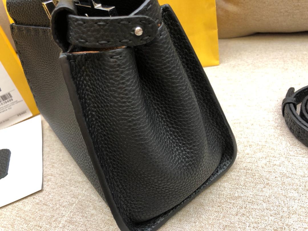 FENDI芬迪 peekaboo 全钢五金 24k真空电镀 进口小牛皮 黑色 23.11.18cm 8813