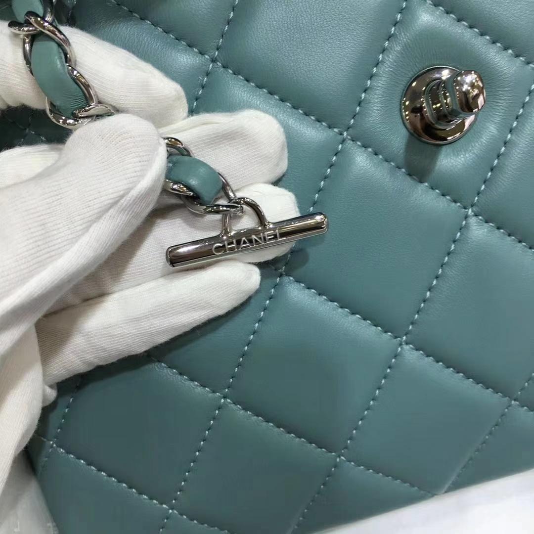 Chanel 香奈儿 TrendyCC 小羊皮 薄荷绿25cm 银扣 (现货)