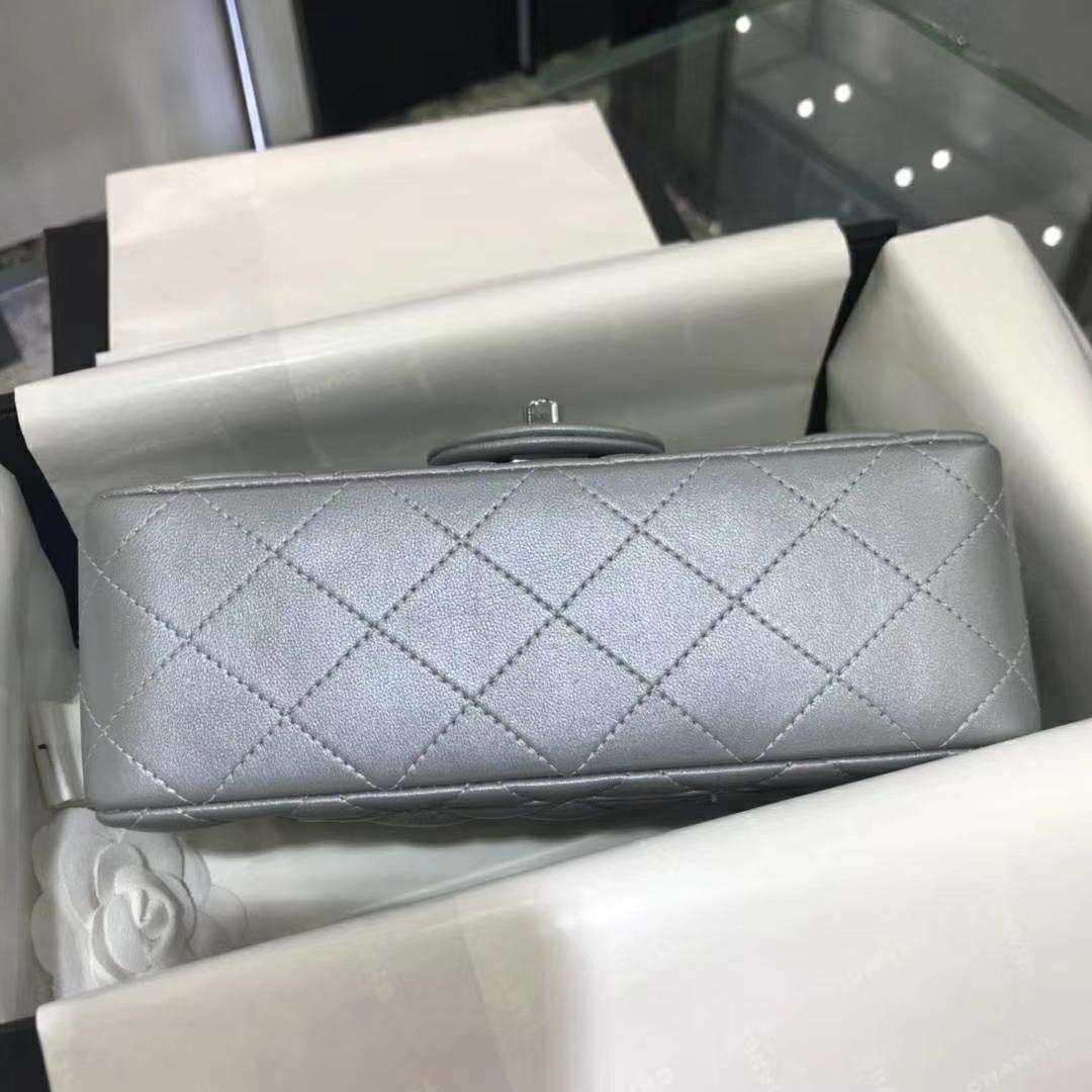 Chanel 香奈儿 CF系列  20cm 进口小羊皮 银色 银扣