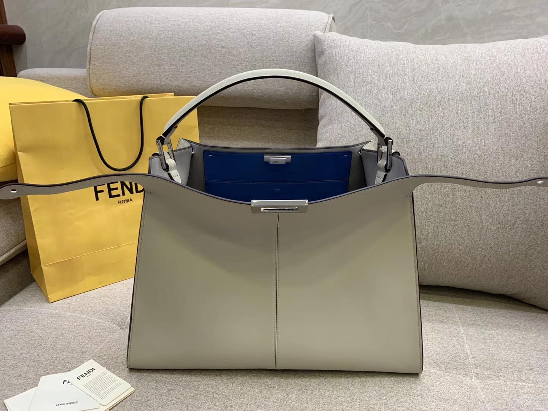 Fendi 芬迪现货 PeekabooX-Lite系列最新手袋 时髦 43x33x15cm