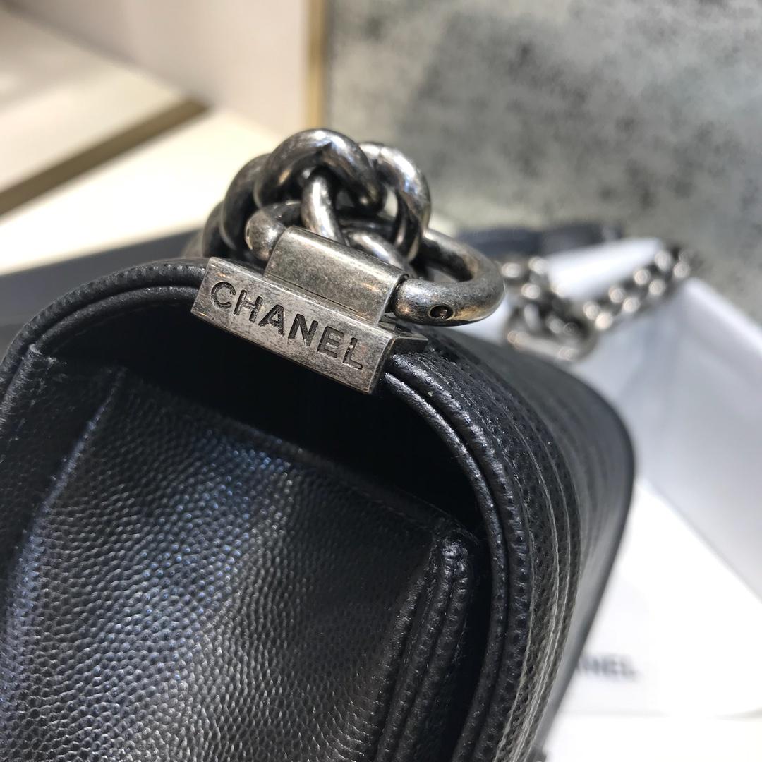 Chanel 香奈儿Leboy 顶级代购版 20cm 原厂小牛皮~黑色~古银