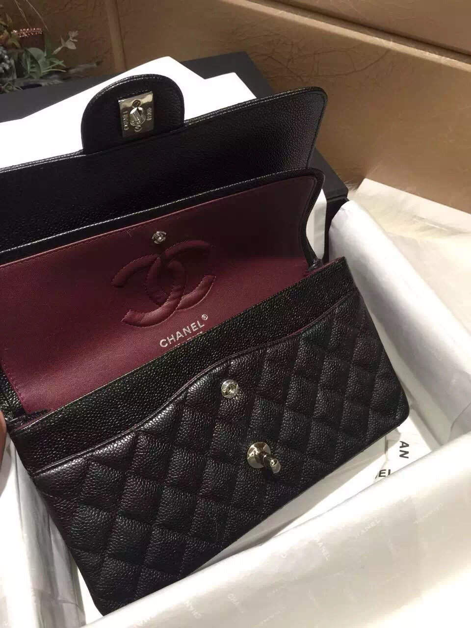 Chanel 香奈儿 Classic Flap 代购版本 25cm 进口小鱼籽酱 黑色 银扣