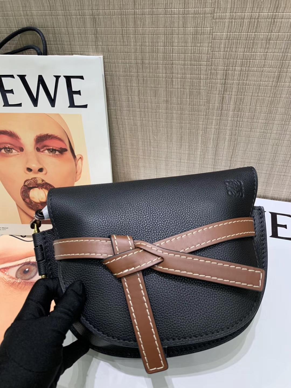 Loewe Gate系列 2019新色 斜挎中号 黑色