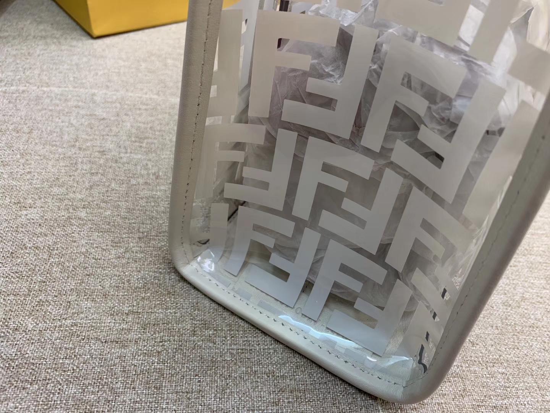 Fendi 芬迪 RUNAWAY 系列 全透明的进口TPU F 印花 28x21x11cm