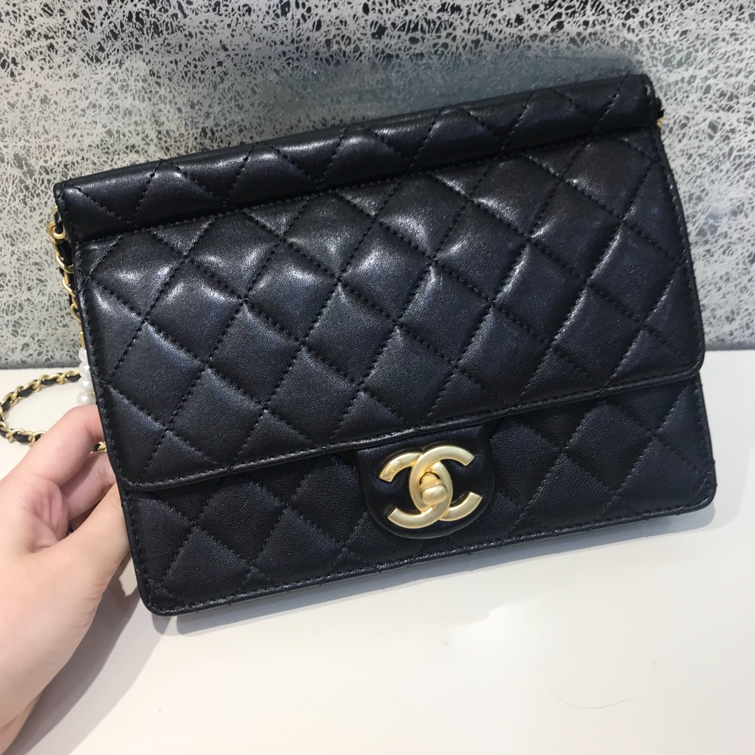 Chanel 香奈儿 新款链条珍珠包大号 进口小羊皮 黑色 沙金
