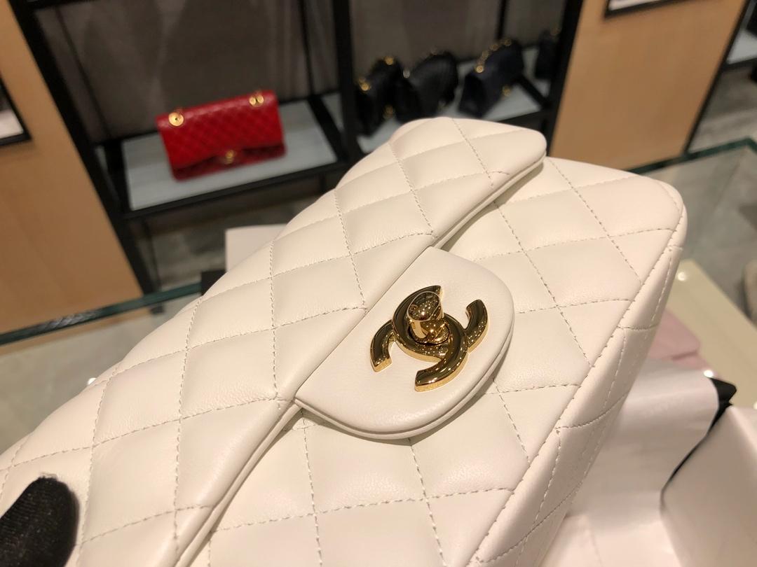 Chanel 香奈儿 原厂bodinjoyeux羔羊皮CF20cm现货 米白色 金扣