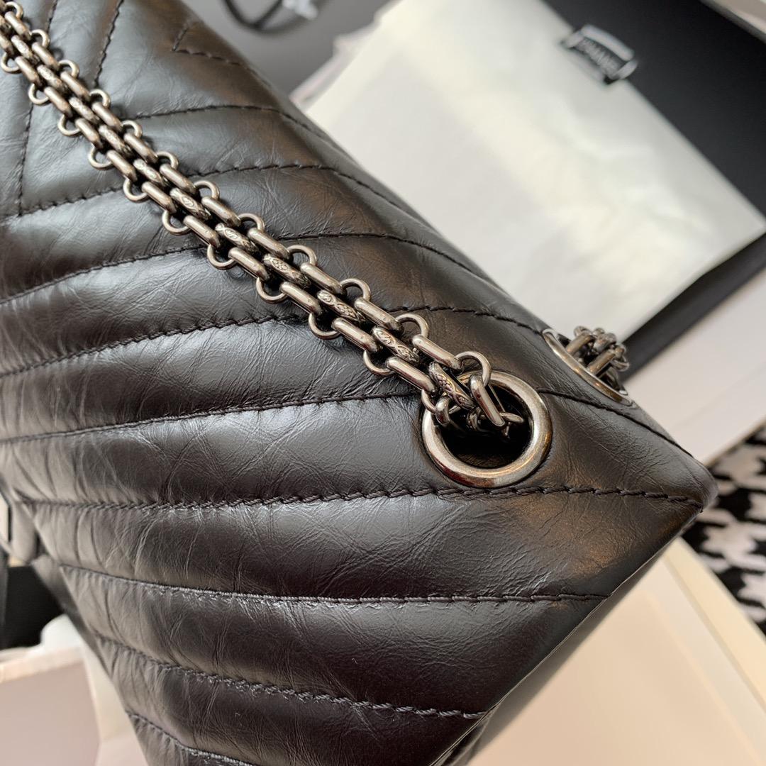 Chanel 香奈儿 复刻2.55 渠道代购版本 V纹 28cm~原厂皮~黑色~古银